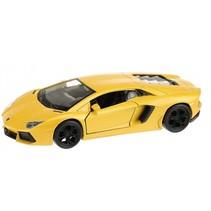 Lamborghini Aventador sportauto geel 10,5 cm