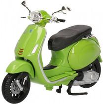 miniatuurscooter Vespa 150 Sprint 1:18 groen