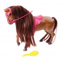 paard met accessoires bruin