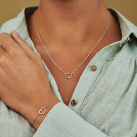 Selected Jewels Selected Gifts 925 sterling silver set bracelet and necklace with heart
