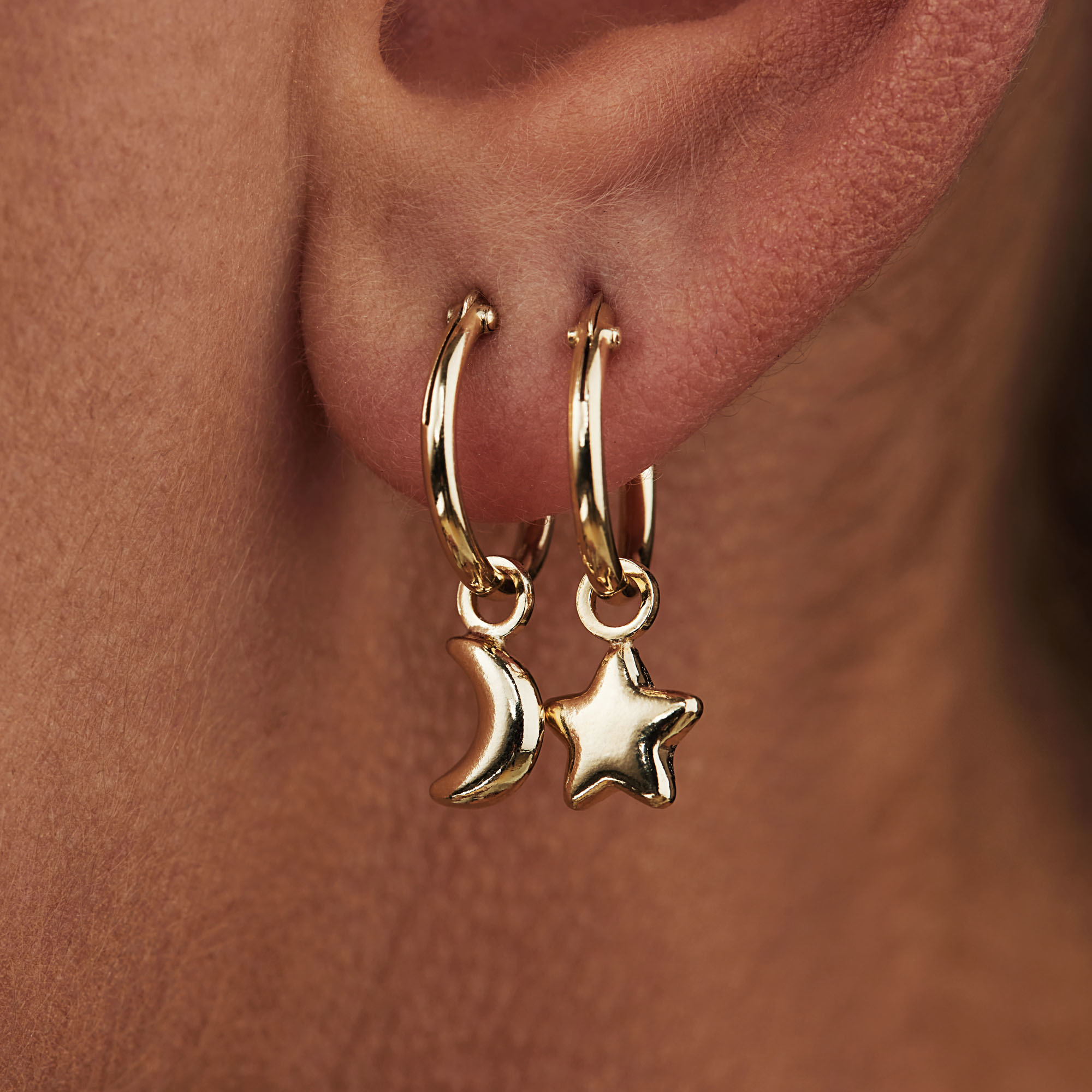 Selected Jewels Julie Esthée 925 sterling silver gold colored creoles with stars