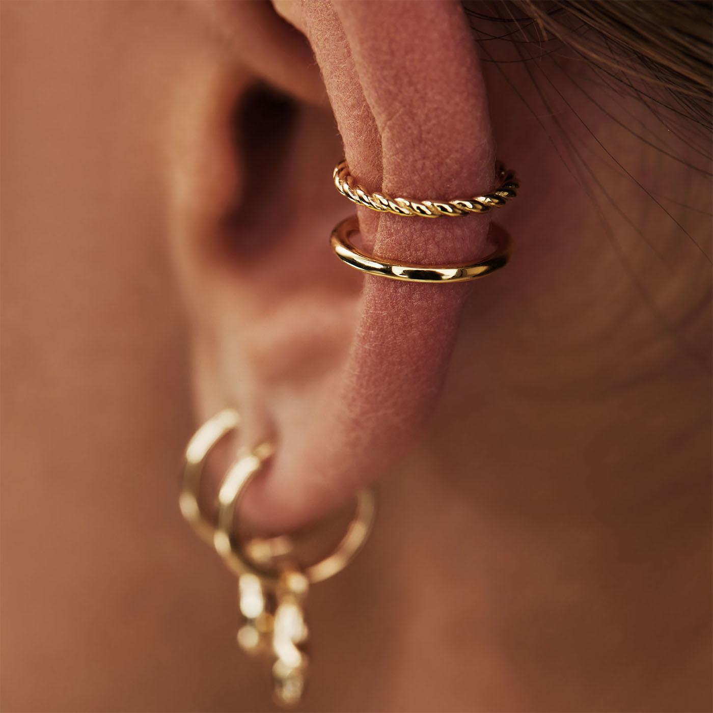Selected Jewels Léna Joy 925 sterling sølv guldfarvet enkelt ear cuff