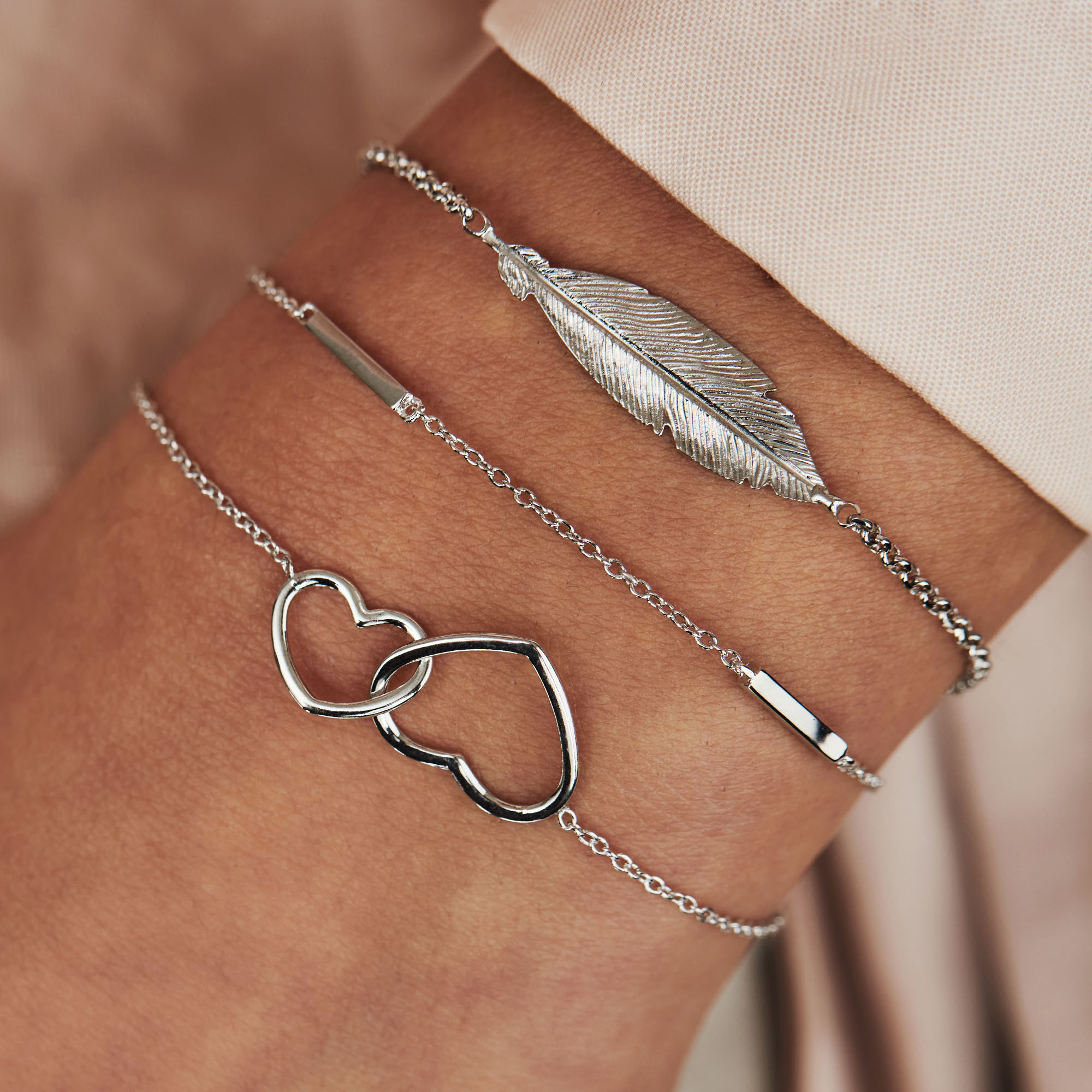 Selected Jewels Julie Lucie 925 sterling silver bracelet with feather