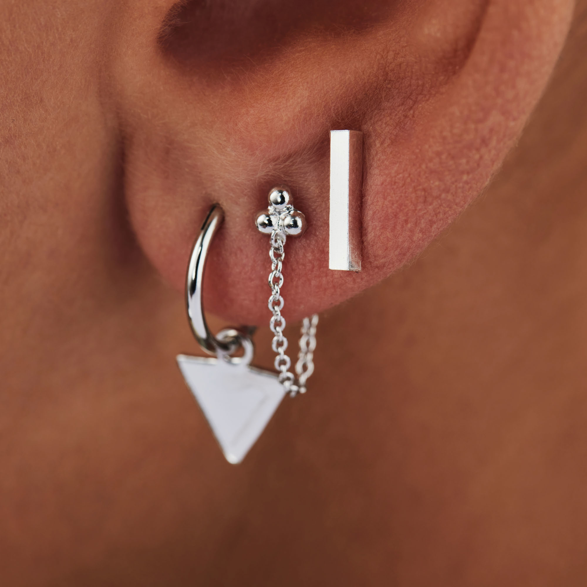 Selected Jewels Julie Charlotte 925 sterling silver ear studs with bar