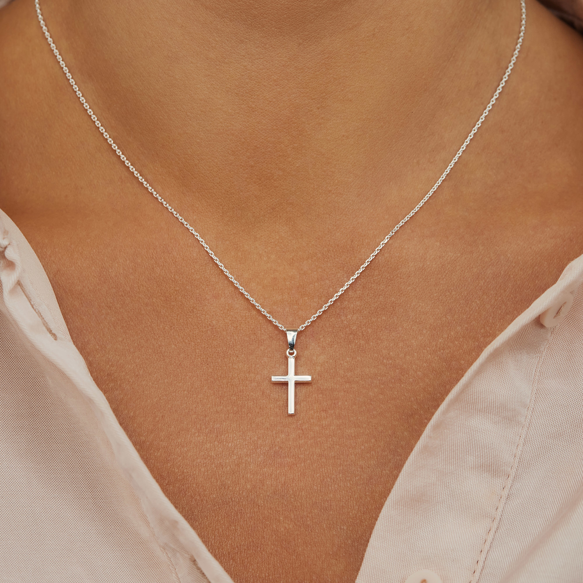 Selected Jewels Julie Théa 925 sterling silver necklace with cross