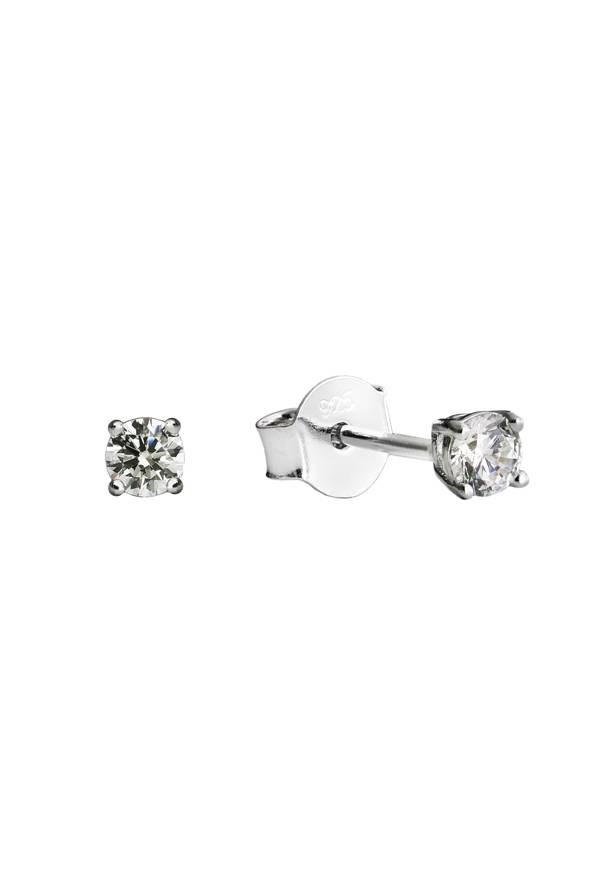 Free silver ear studs worth €29,95