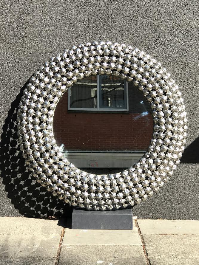 Ferdie Mirror Glass Metalen lijst Dia 73cm