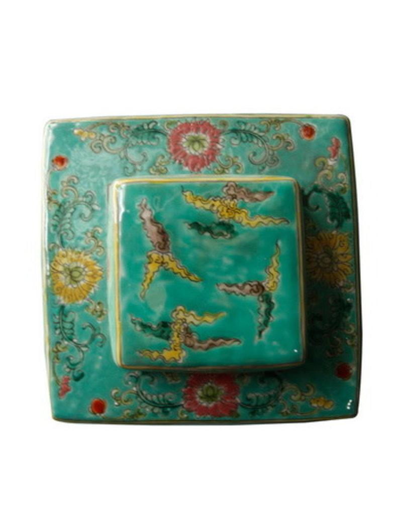 Green Dragon Pots square 18x18x34cm