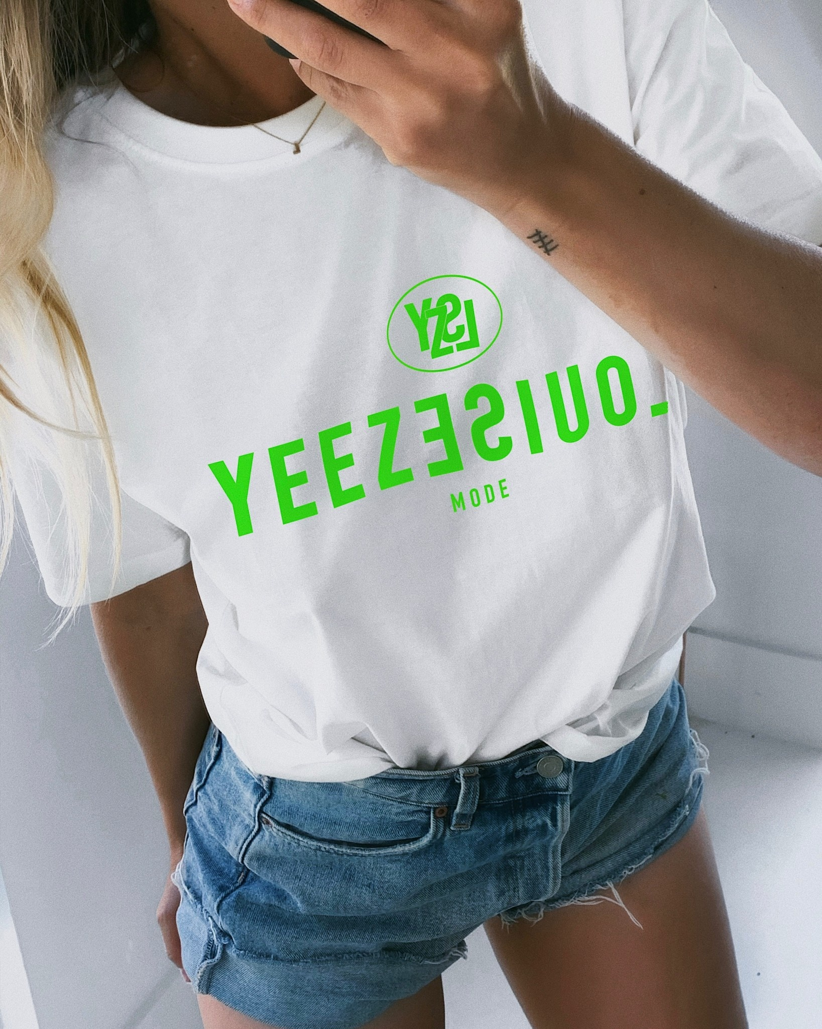 Yeezlouise Mode-2