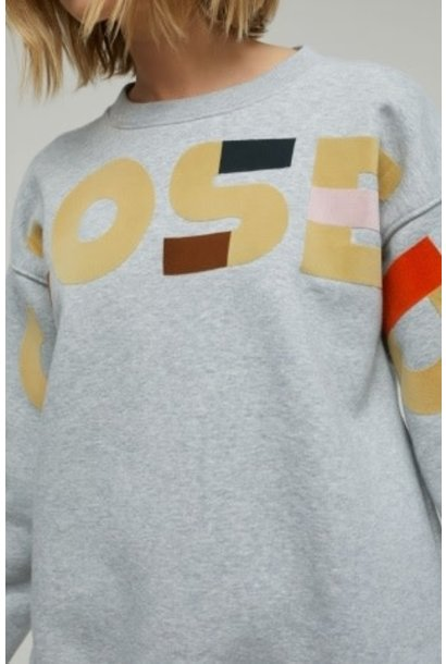 Sweater closed logo
