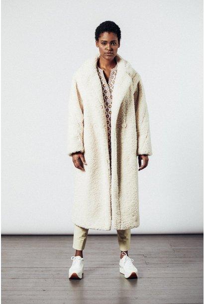 Coat superwhite