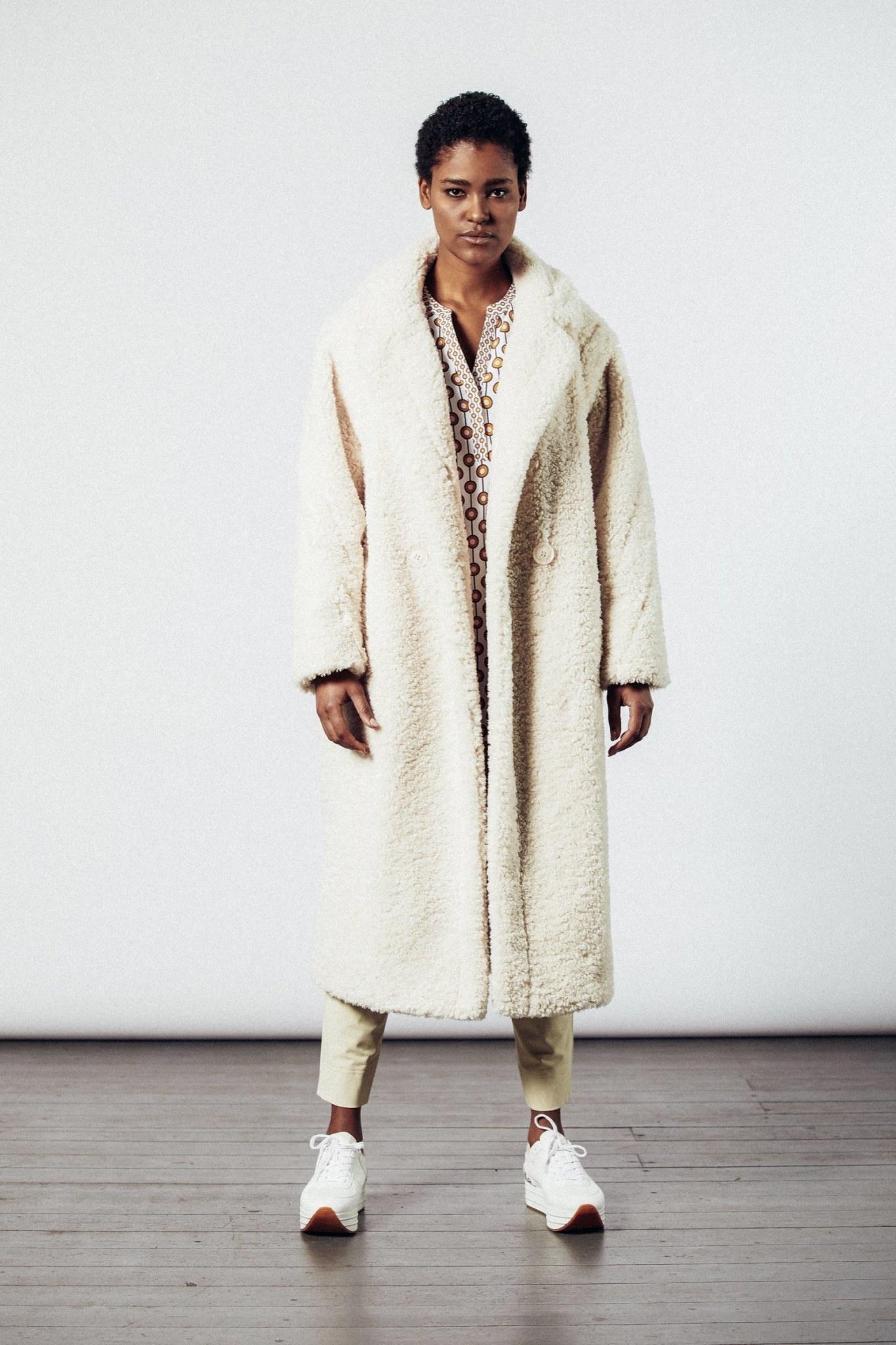 Coat superwhite-2
