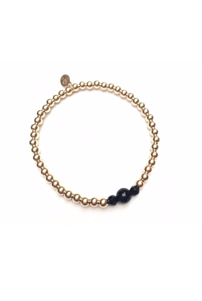 Bracelet gold onyx three