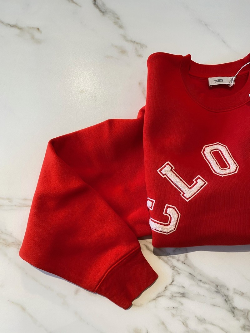 Closed Sweater logo red