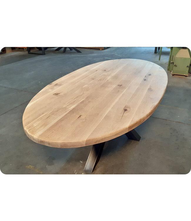HET TAFELARSENAAL Eiken ovale tafel Lewes met matrix onderstel