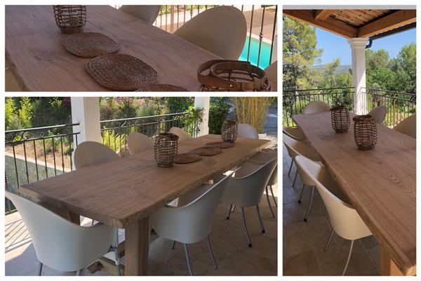 Eikenhouten tafel op locatie in Zuid-Frankrijk