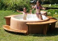 spa Softub relax et detente pour enfants