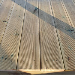 Decking board - stair step 32x145mm