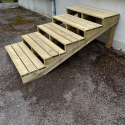 Tuintrap bouwpakket 5 treden XL H68cm