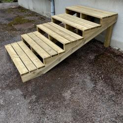Tuintrap bouwpakket 4 treden XL H55cm