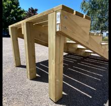 Steunpaal van duplo gelijmd hout 9x9xcm + rvs schroeven voor trap - diverse hoogtes