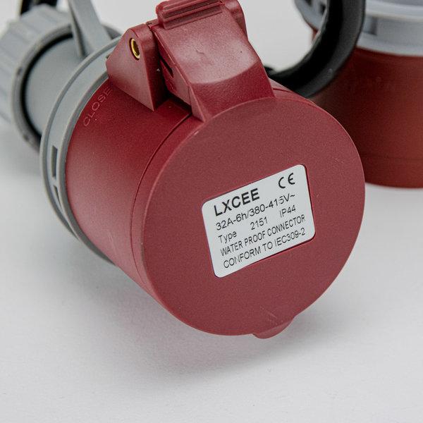 Soolutions CEE rood 32A (mannelijk) naar CEE rood 16A (vrouwelijk)