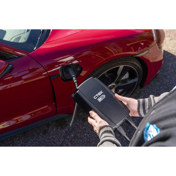 CTEK Njord GO Point de charge portable type 2 avec fiche rouge CEE - 16A triphasée | 6,5m