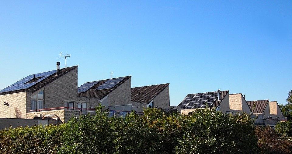 Uw auto opladen via zonnepanelen