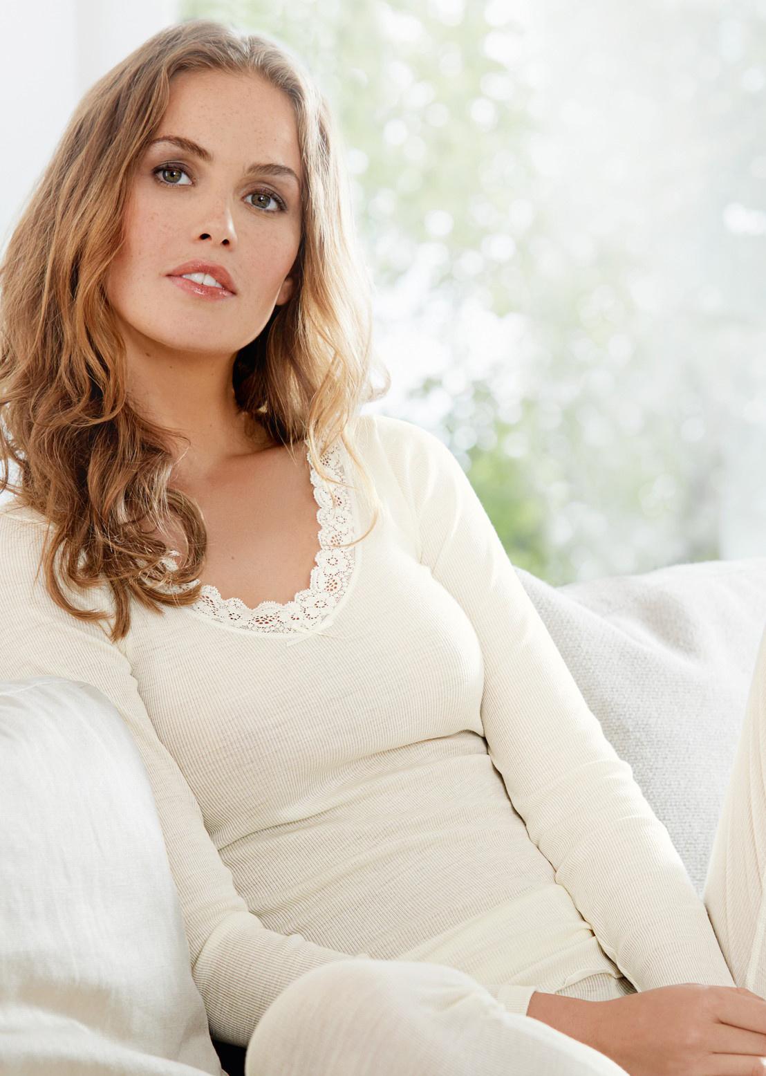 Nina von C dames wollen shirt lange mouw