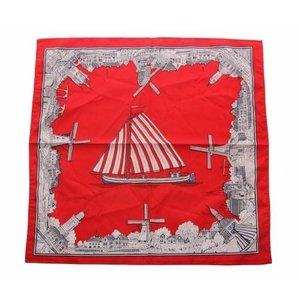 Merkloos Boeren zakdoek rood  Oud nederland 54 x 54 cm