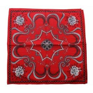 Merkloos Boeren zakdoek rood Flower 53 x 53 cm