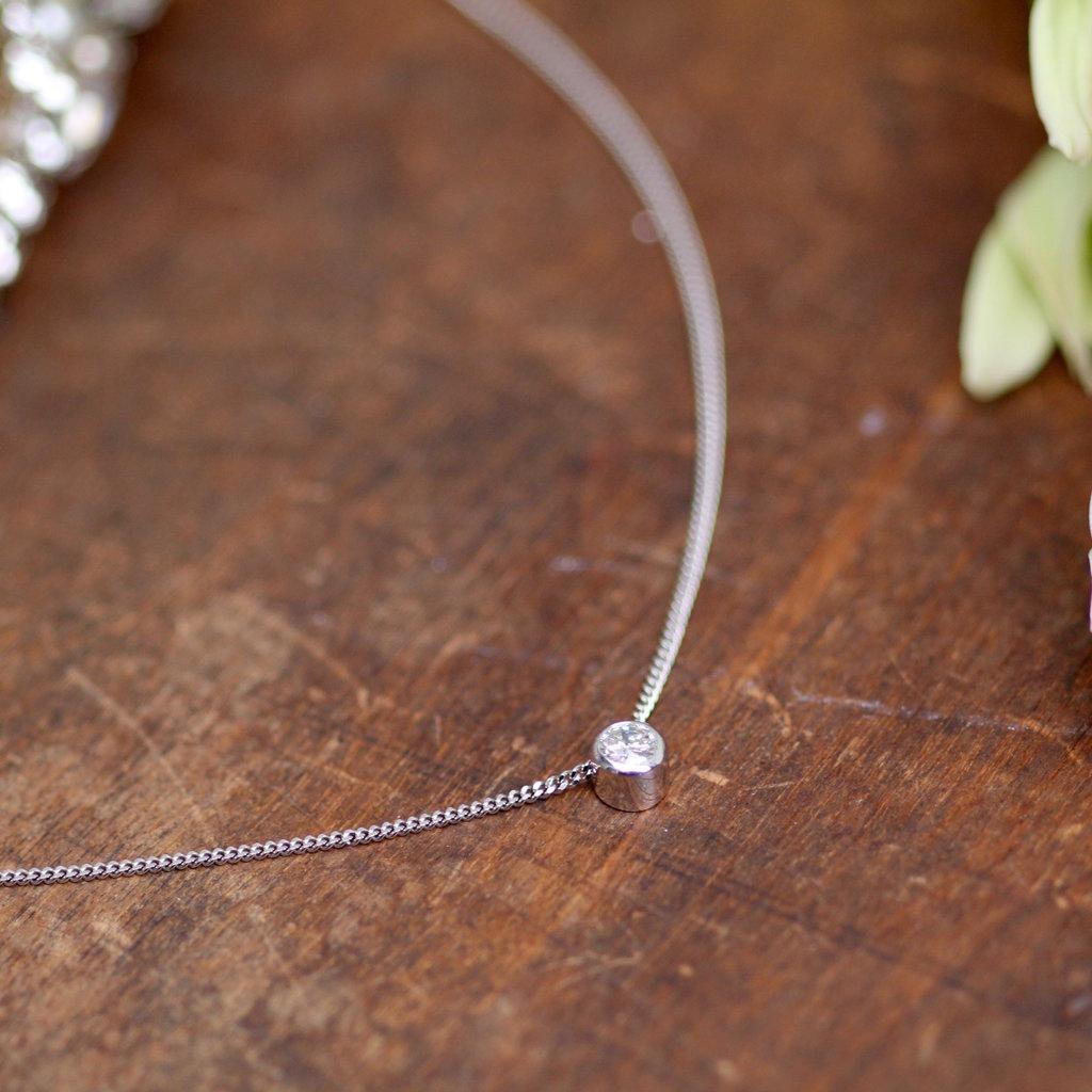 LUNAR White Gold North Star Diamond Necklace