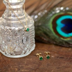 DAISY Gold Elphaba Emerald Necklace