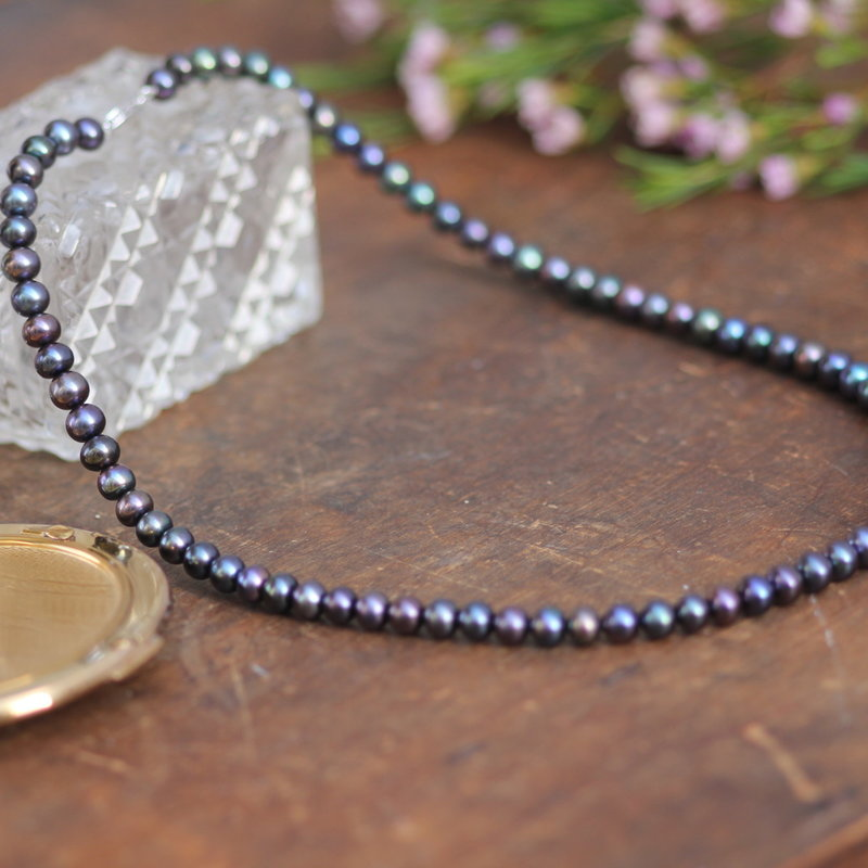 GATSBY Cicely Black Pearl Necklace