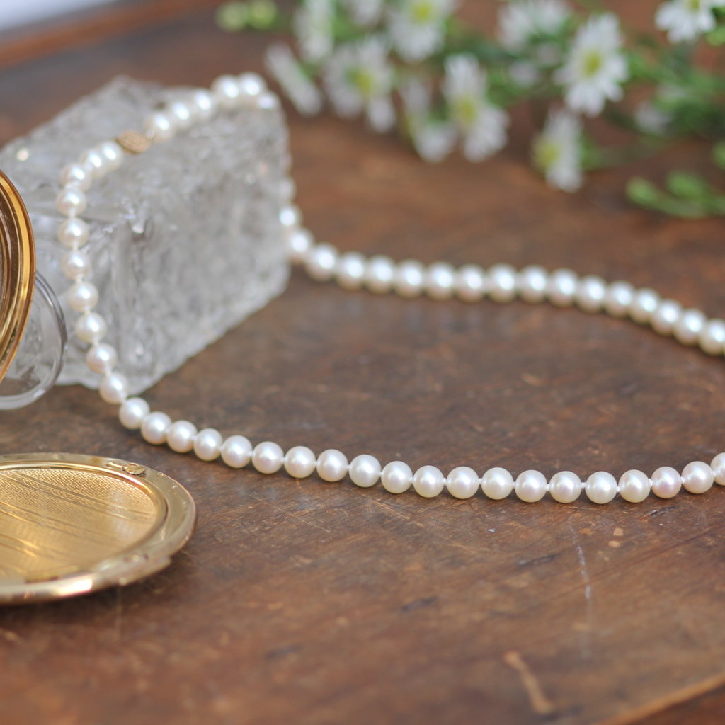 Joulberry Gold Freshwater White Pearl Strand