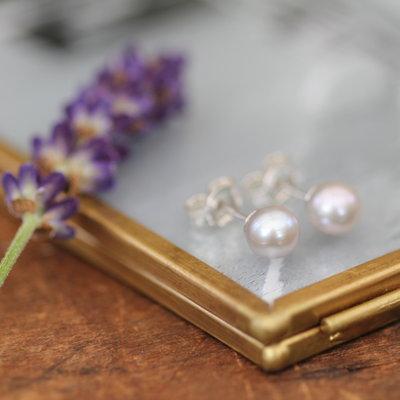 Joulberry Ash Ocean Pearl Earrings