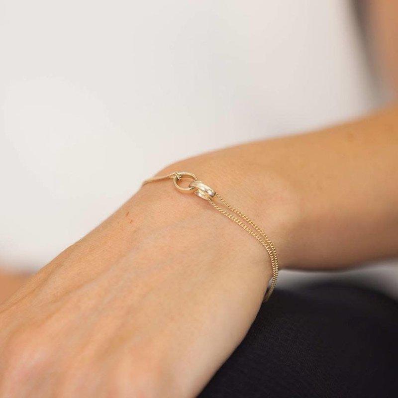 CASSIDY Gold Eternity Bracelet