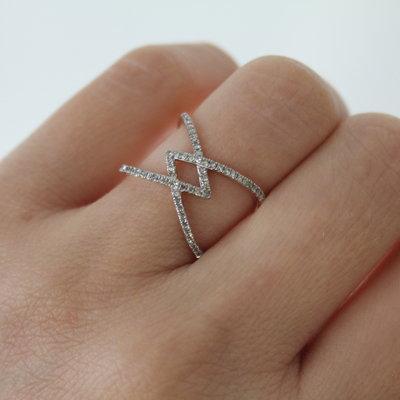 MONROE Gold Decodene Diamond Ring