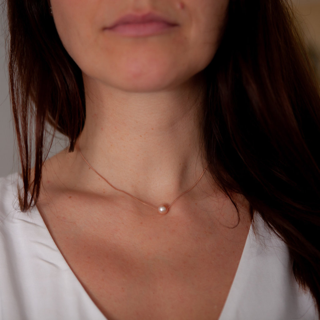 MONROE Rose Gold Floating Pearl Necklace