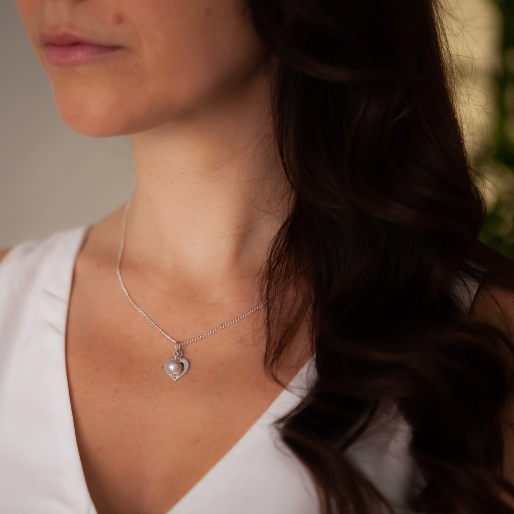 Joulberry Maiden Heart Necklace