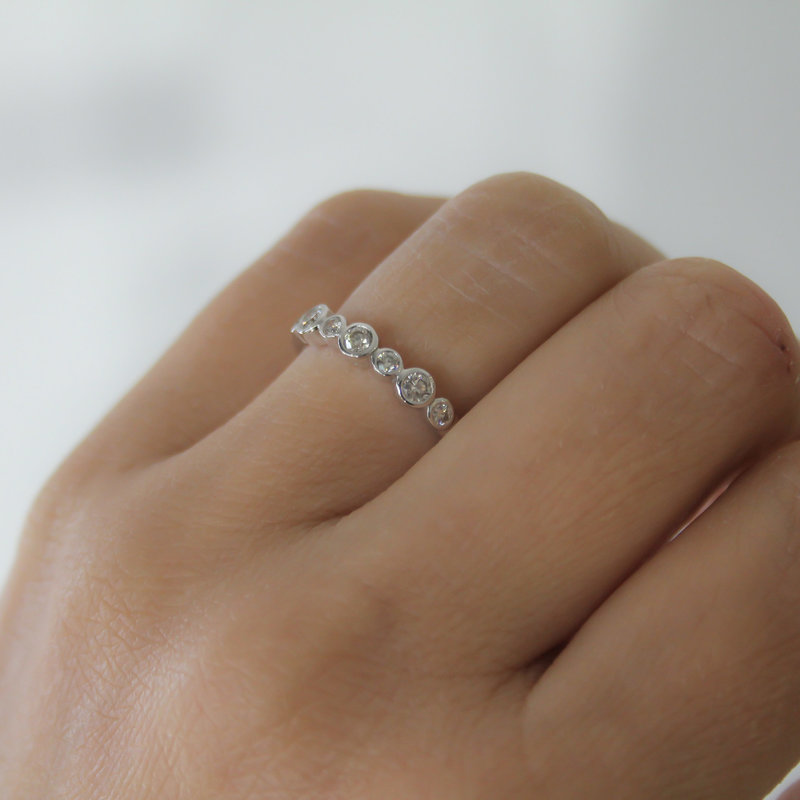 MONROE White Gold Diamond Bubble Ring
