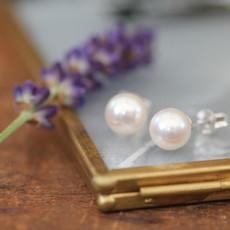 GATSBY White Freshwater Pearl Earrings