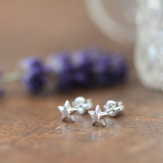 Joulberry White Gold Star Earrings