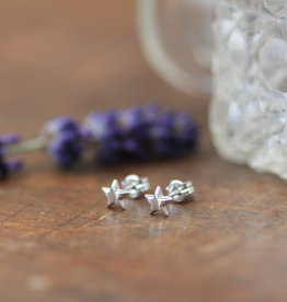 Joulberry White Gold Star Earrings