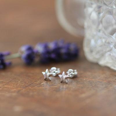 LUNAR White Gold Star Earrings