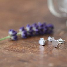 DARCY White Gold Slender Heart Earrings