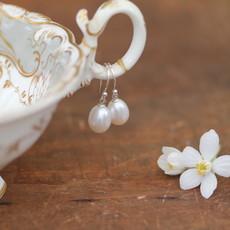 Joulberry White Teardrop Pearl Drop Earrings