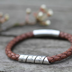 Joulberry Personalised Tan Bono Scroll Bracelet