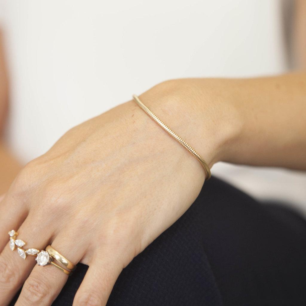 MADISON Gold Snake Chain Bracelet