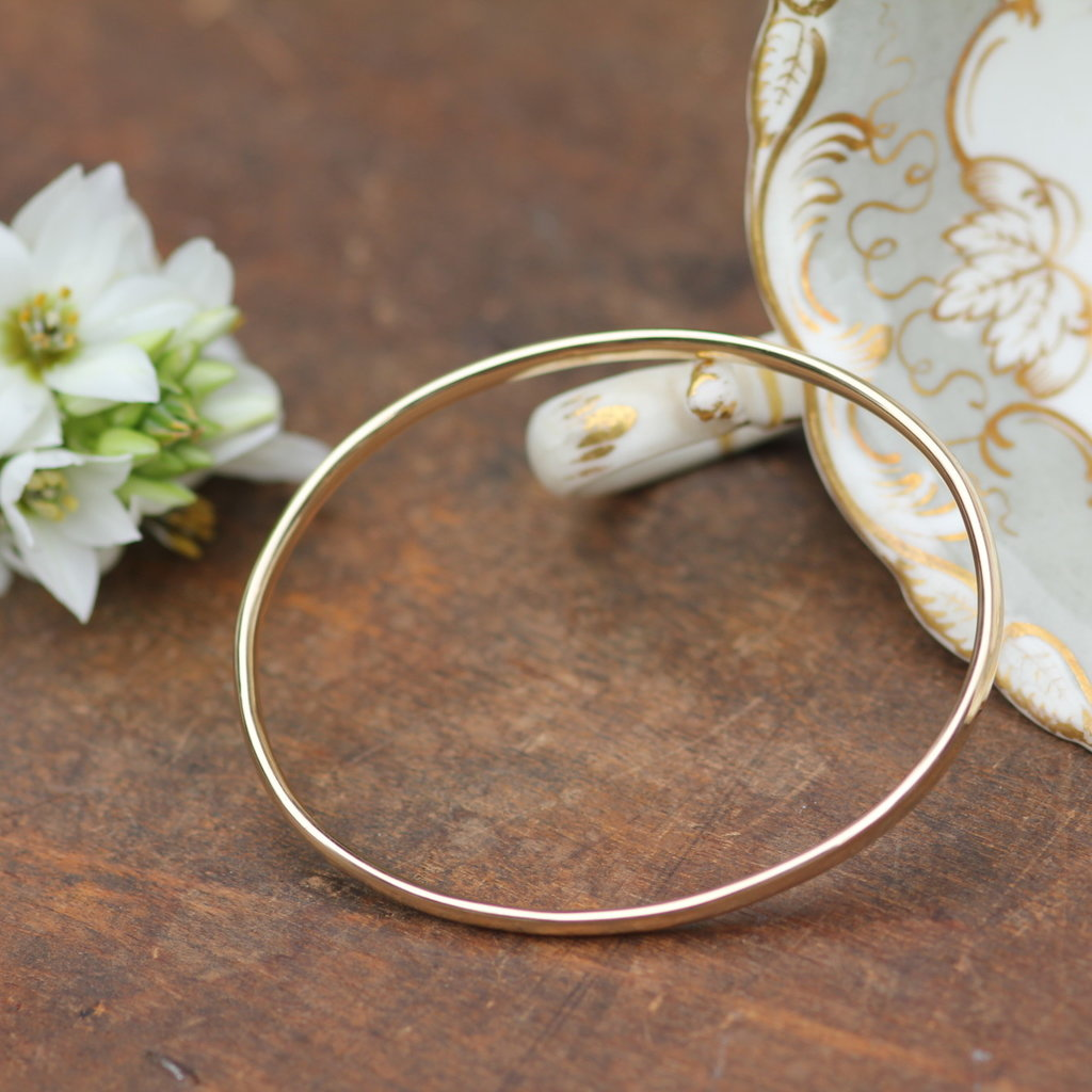 Joulberry Gold Elipse Bangle